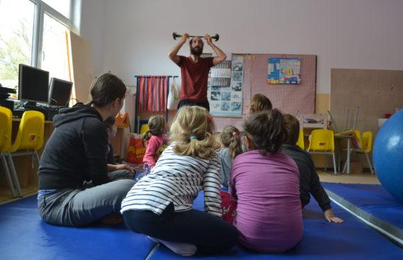 Școala de circ Alandala Circus Project - activitati copii 2