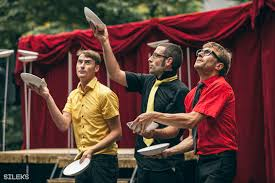 Circ Contemporan - Cie Pol&Freddy- Școala de circ Alandala Circus Project